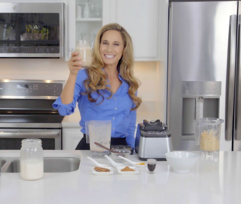 Nora Day making healthy holiday smoothie